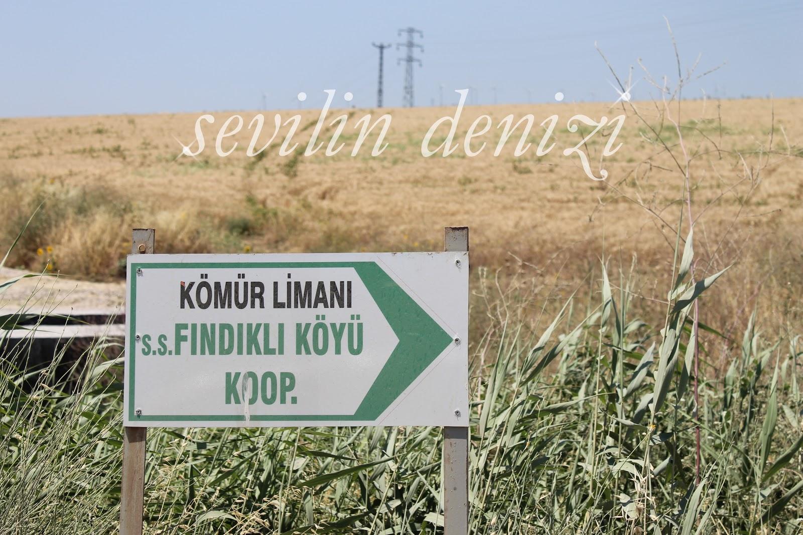 Kıvrımlı Köy Yolu Yazlık Örgü