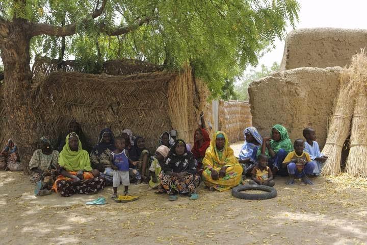 Mujeres y niños secuestrados en Nigeria