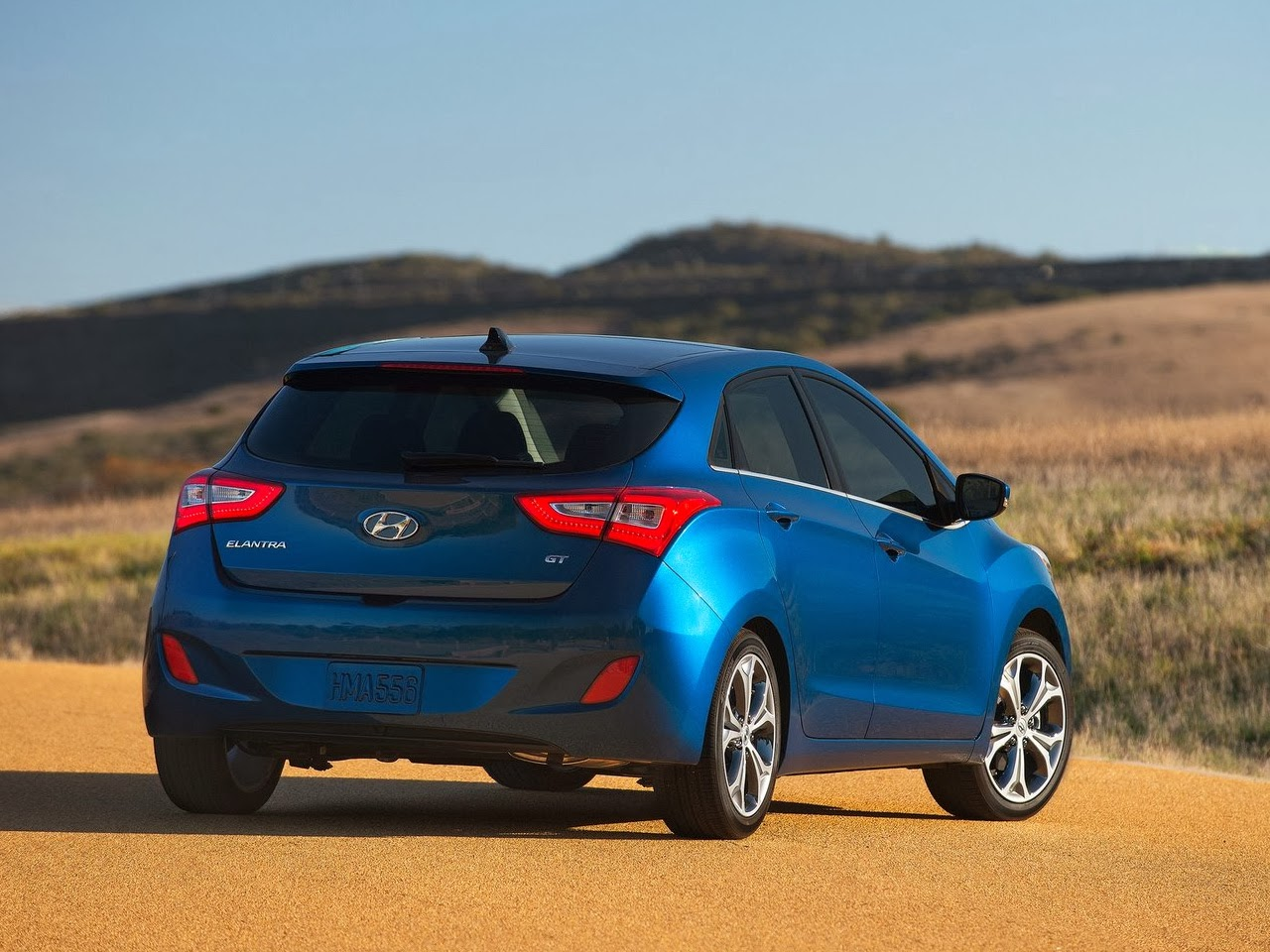 2014 elantra gt review with new 2 0l engine and led taillights auto review 2014. Black Bedroom Furniture Sets. Home Design Ideas