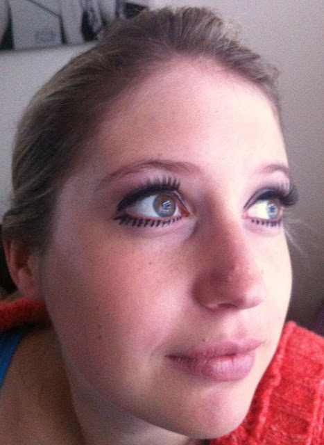 60s Twiggy make up