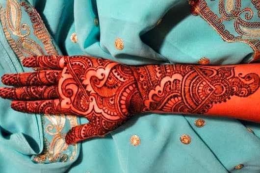 Beautiful Mehndi Designs Wallpapers Free Download