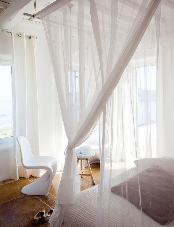 Guida tende tende bianche in grecia - Tende bianche camera da letto ...