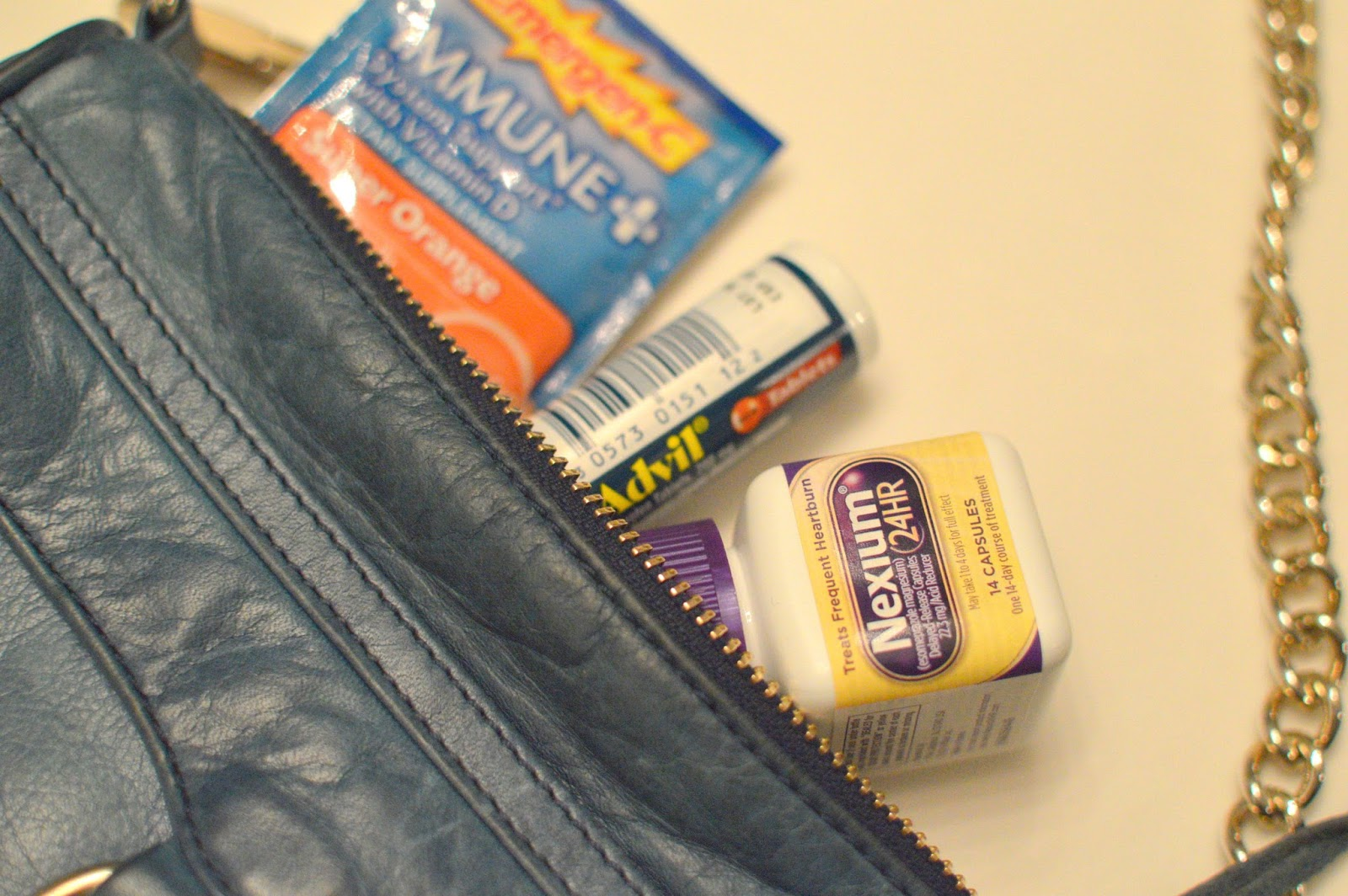 three things to keep in your purse to avoid getting sick this holiday season