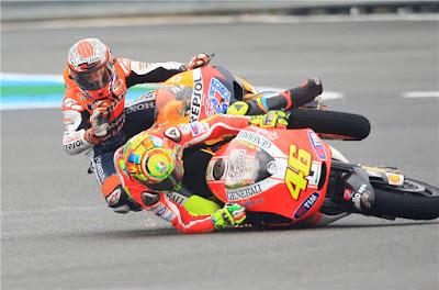 Valentino Rossi Senang Jika Casey Stoner Kembali Ke MotoGP