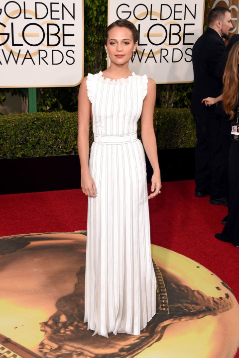 Golden Globes Alicia Vikander Louis Vuitton