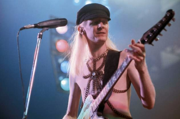Starhooks * * *: Blues Legend Johnny Winter Dies At 70 In