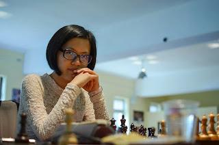 Echecs : la championne du monde d'échecs Hou Yifan - Photos © Alina L'Ami