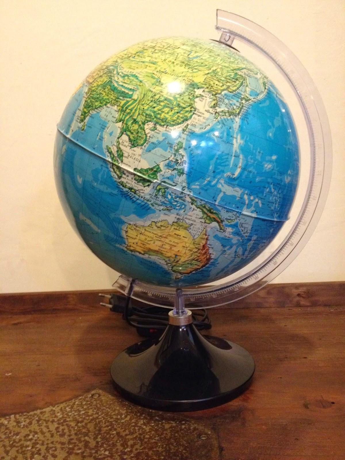 globe, candeeiro, globo terrestre, vintage, vintage shop, tienda vintage
