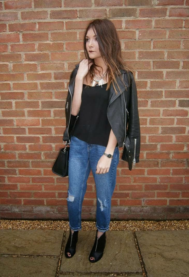street style ootd baggy jeans topshop mom all saints balfern