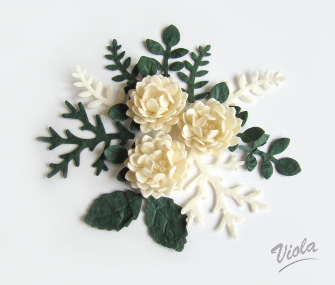 kwiatuszki z papieru czerpanego