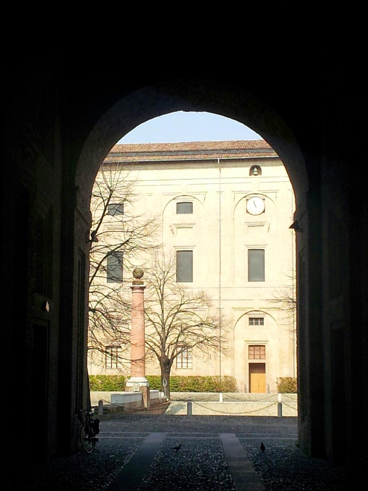 Art bonus turismo - Foto di Alberto Cardino: Cortile del Guazzatoio - Palazzo della Pilotta - Parma