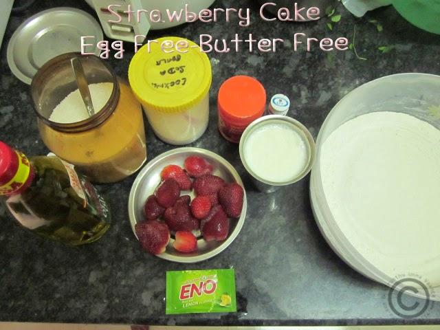 spongy-strawberry-cake