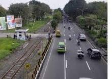 foto jalan forntage road surabaya