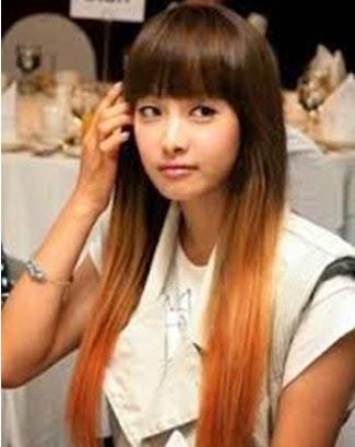 Model rambut yang panjang dan lurus ini juga sangat cocok bagi setiap tipe wajah