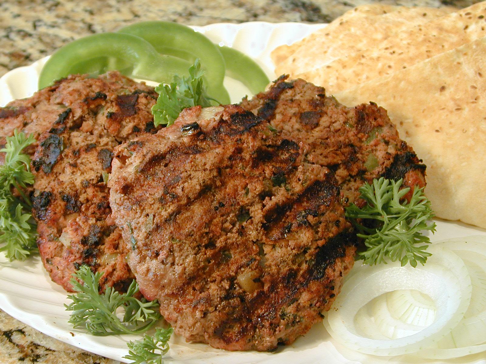 Cuisine the world armenian cuisine shish kebab shampouri for Armenian cuisine