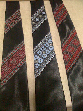 Embroidered ties - 2 panels