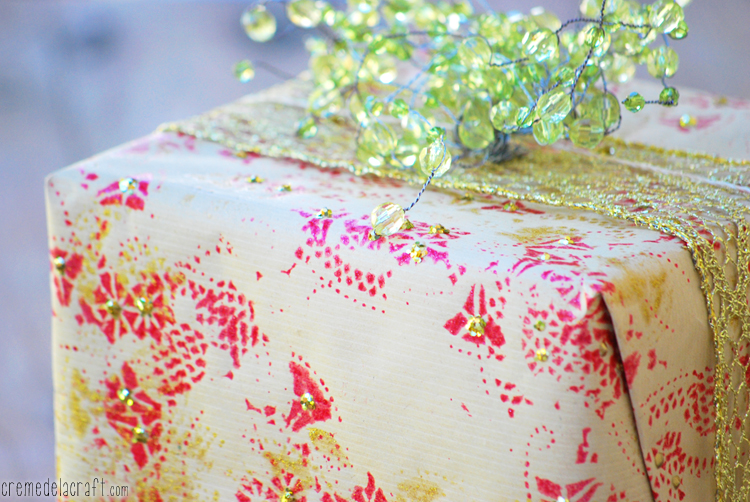 Diy holiday wrapping paper from paper doilies for Christmas craft wrapping paper
