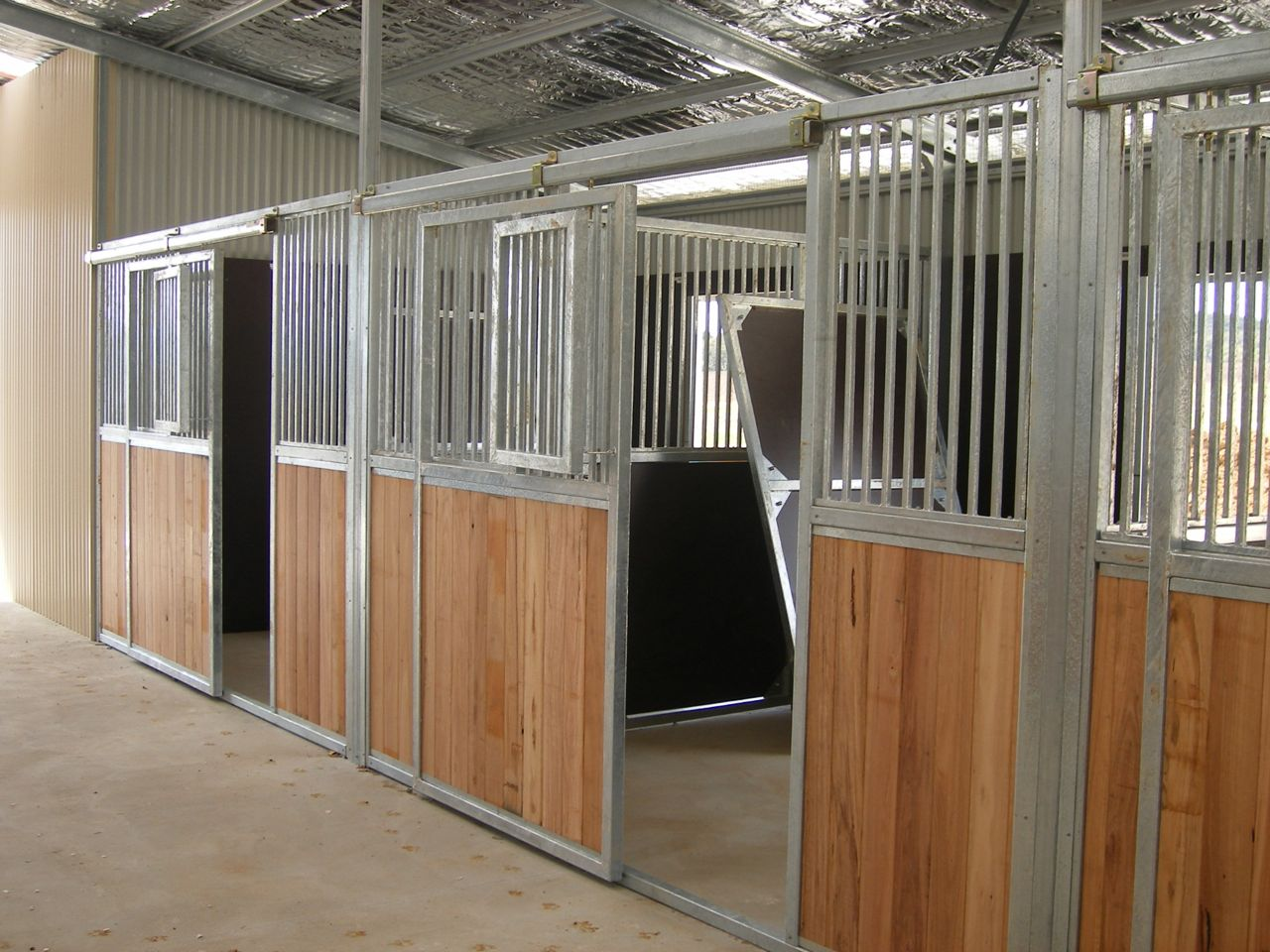 Horse stable manufacturer Horse stable design