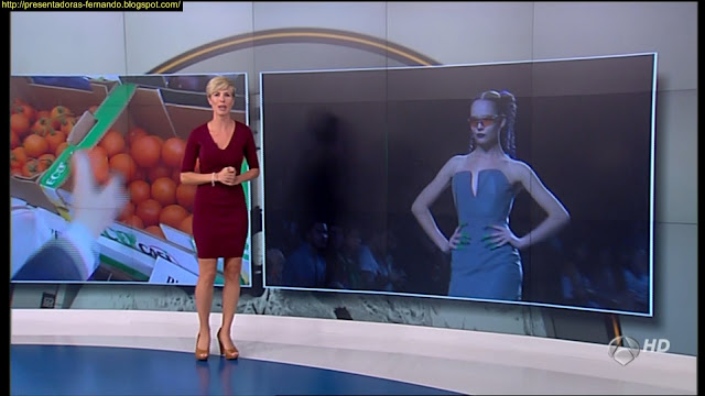 Maria Jose Saez piernas