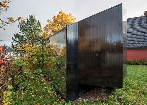 03-JVA-Micro-Architecture-with-the-Writer-s-Cottage-www-designstack-co