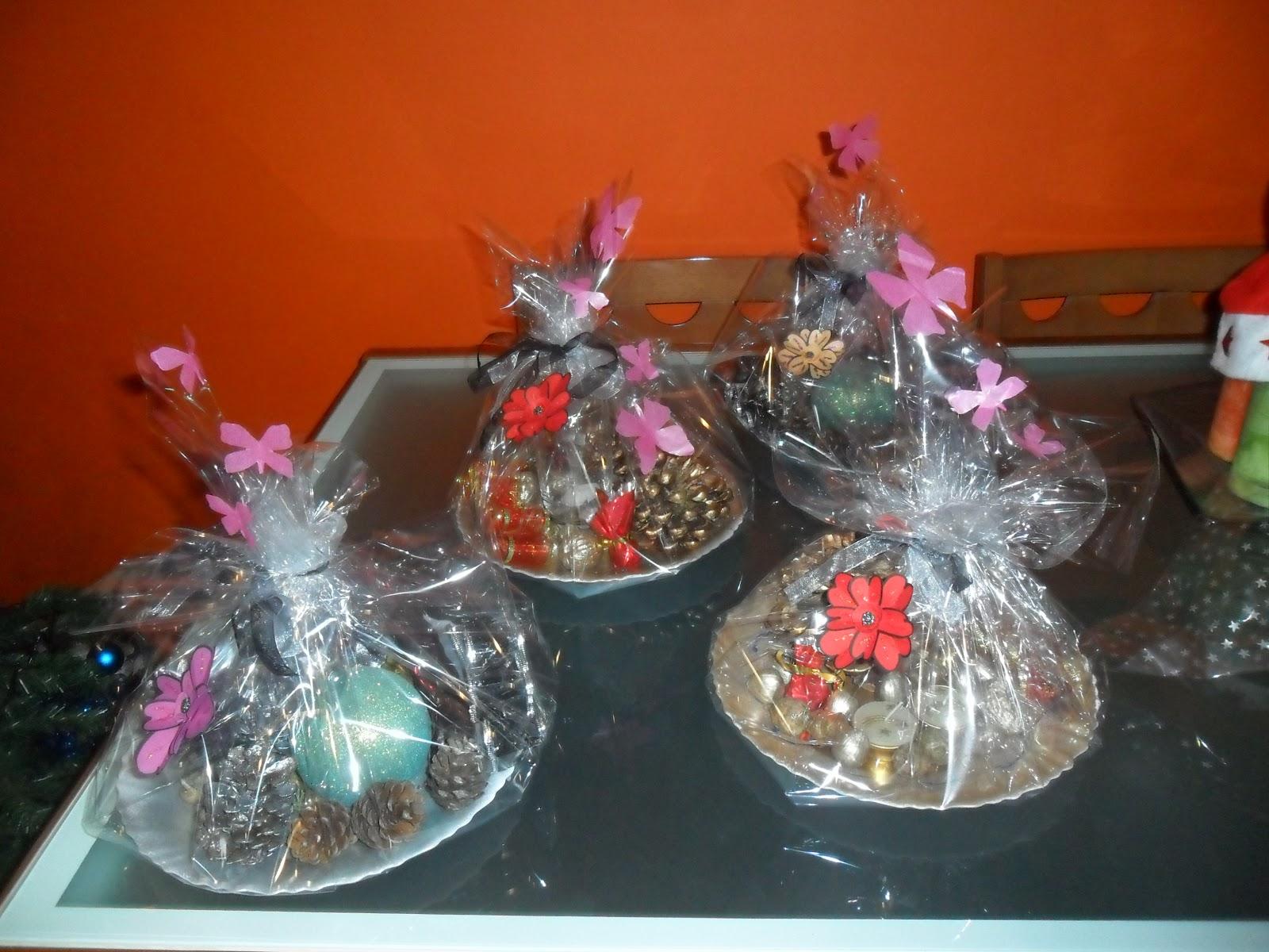 El ba l del reciclaje centros de mesa navide os - Adornos para navidad con pinas ...