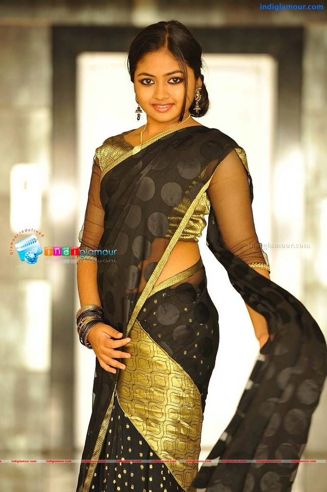 Mallu actress Shaalin hot navel show in saree « Hot Malayalam Actress