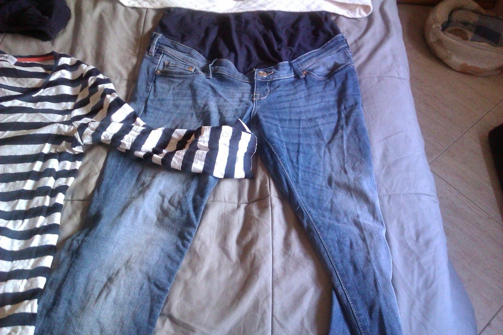 52174720843 Vaquero Premamá H M  20€ pero valía 40€. Este pantalón si que es cómodo