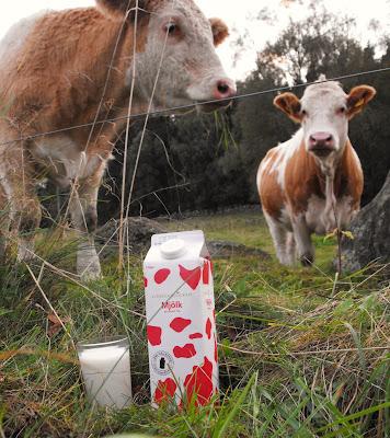 Tillsammans fyller vi glasen, Halvfullt räcker inte, LRF, Mjölkkronan, Bevara vår landsbygd, Svenska bönder, svensk mjölk, svenskt kött, Sösdala, vi brys oss, sverigemjölken