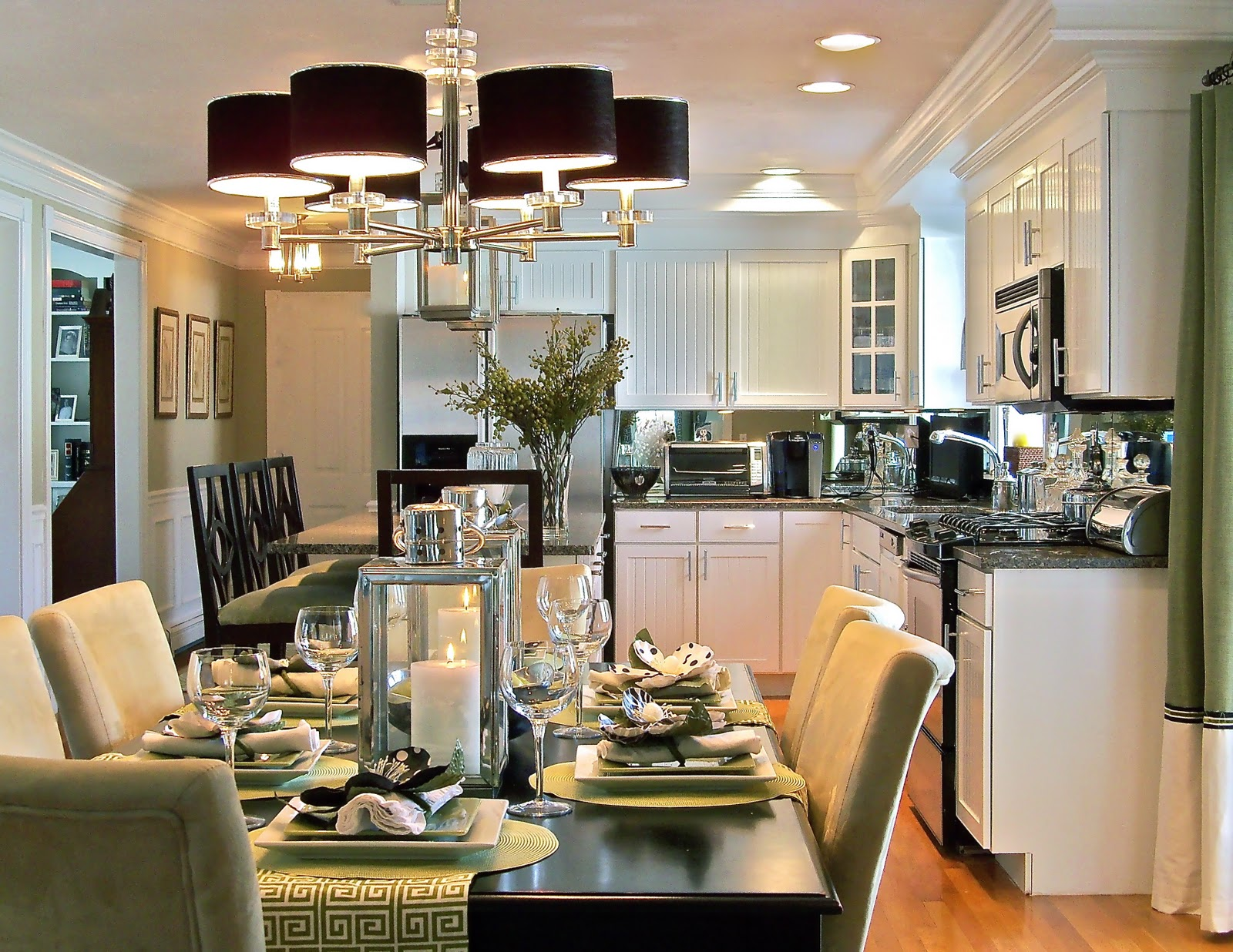 Decorating open plan living dining and kitchens interior for Dining decoration pictures