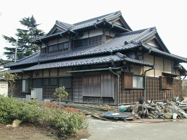 Architecture nest architecture traditional japan for Traditional house building