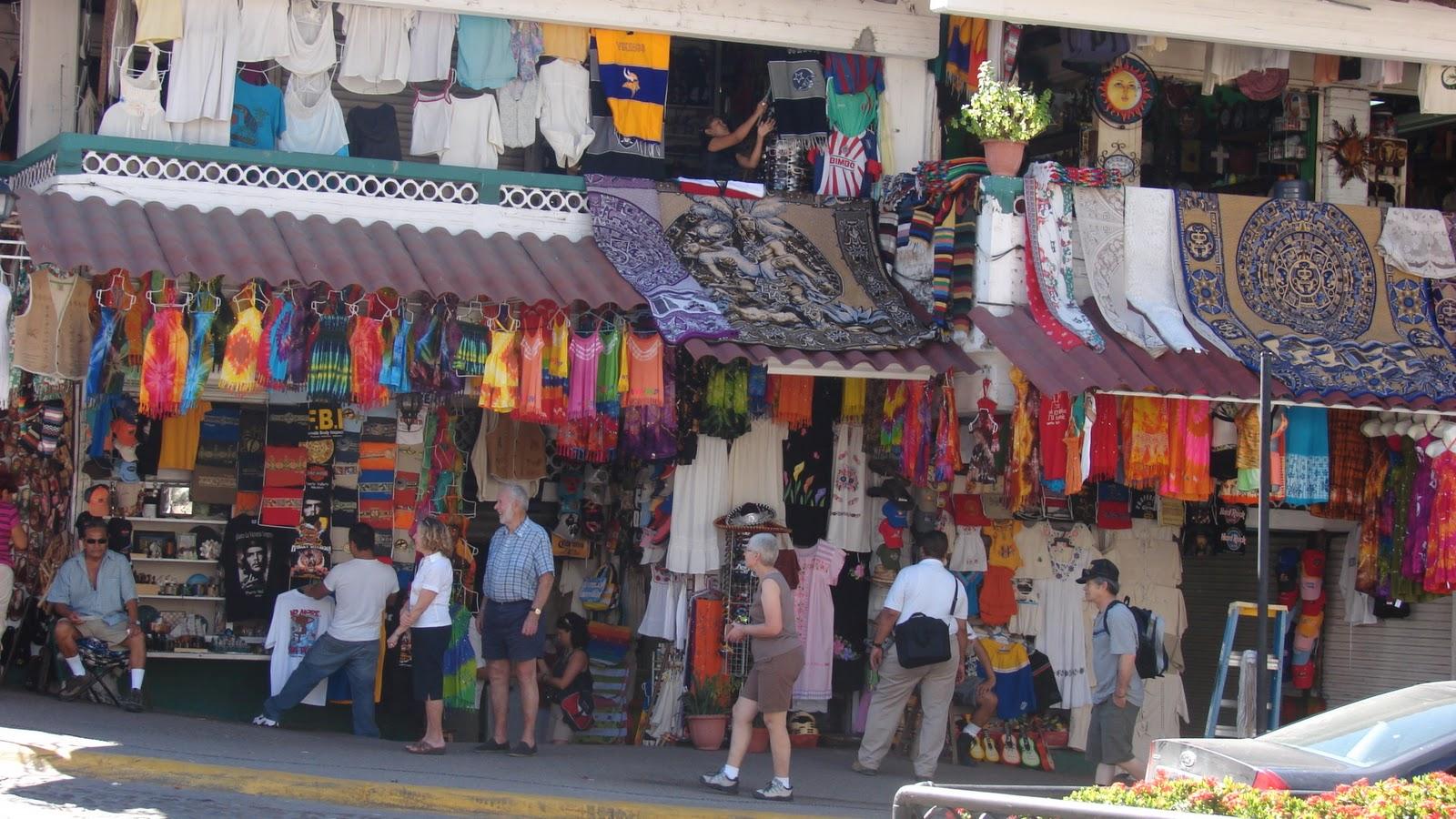 Mexico vacation puerta vallarta market life for Puerta 6 aeropuerto ciudad mexico