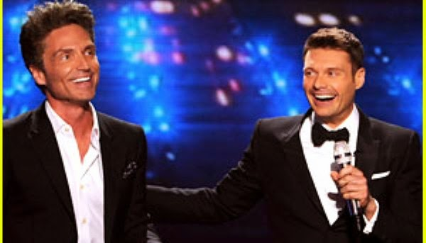 Ryan Seacrest sing Right Here Waiting on American Idol Finale