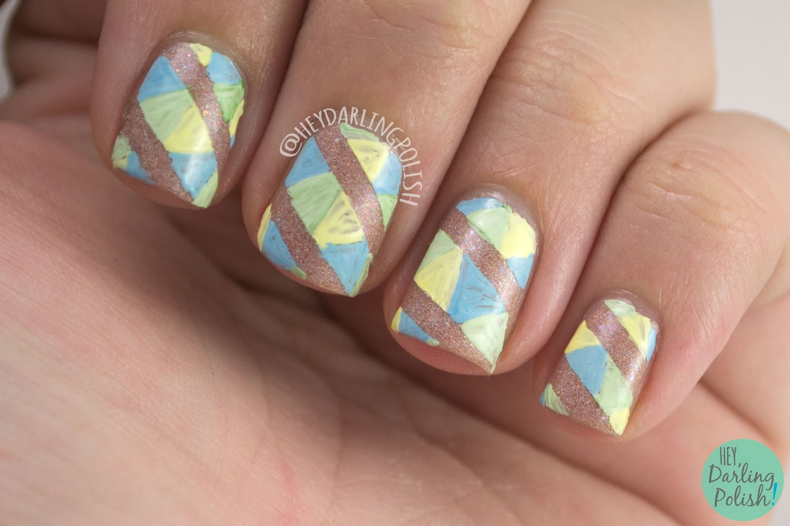 nails, nail art, nail polish, geometric, stripes, triangles, 31 day challenge, 31dc2014, pattern