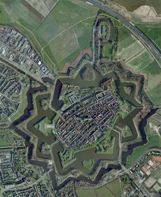 Naarden desde Google Earth