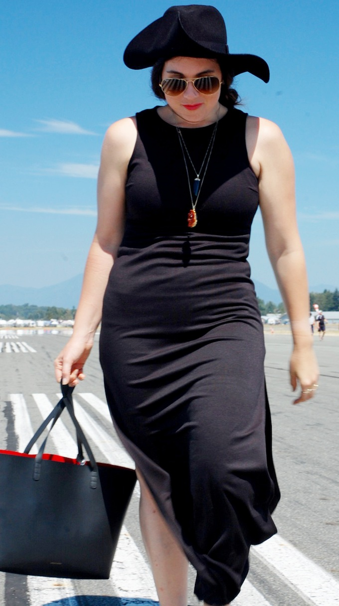 Forever 21 maxi dress, H&M wool hat, Mansur Gavriel tote bag Vancouver fashion blog Abbotsford International Air Show