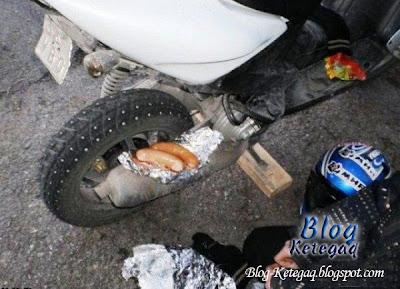 Bagaimana kaki motor masak hotdog