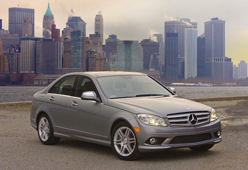 Car reviews mercedes benz c class carmadness car for Mercedes benz c class service b