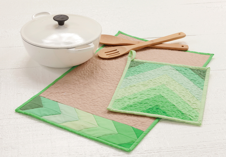 Placemat and potholder that are quilted