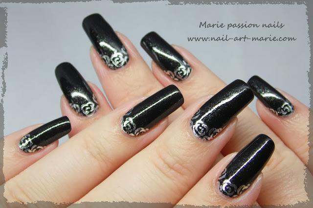 Nail art roses argentées2