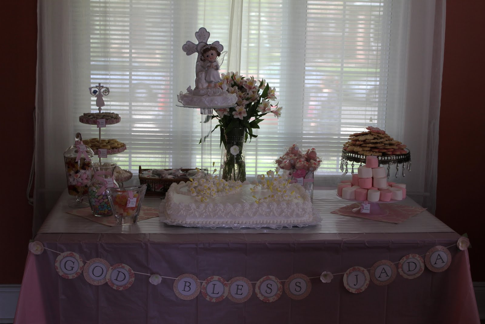 Cake Table Decoration For Christening : PooLovesBoo: Jada s Baptism