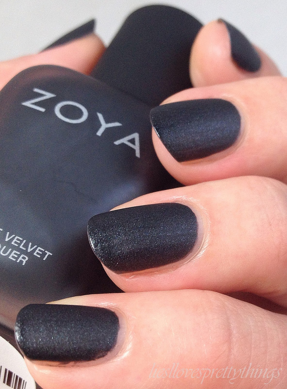 Zoya Dovima, Matte Velvet Collection swatch and review