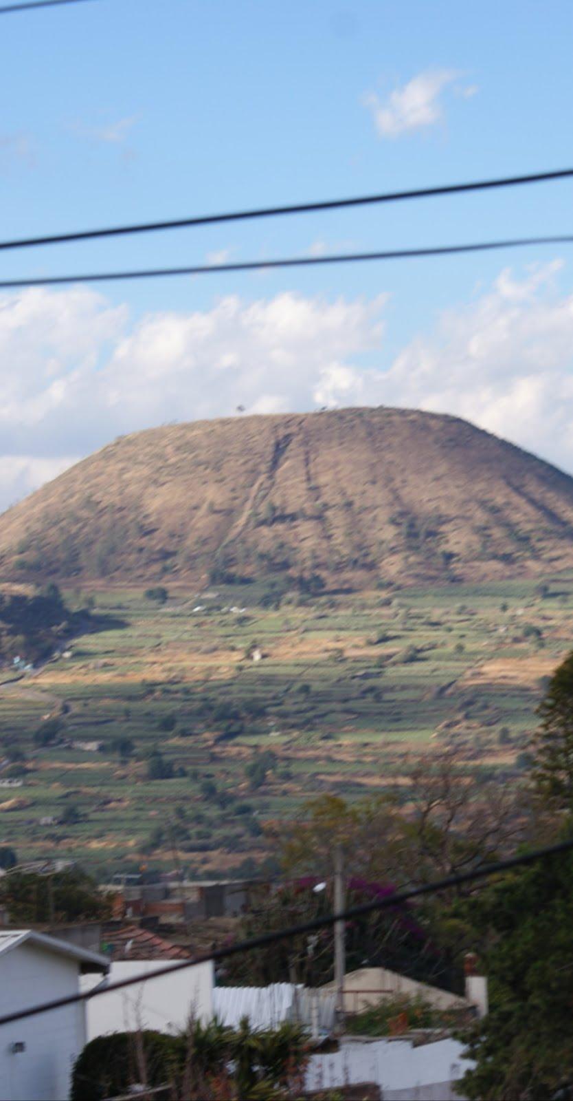 El encendido místico del fuego en el cráter del Teuhtli