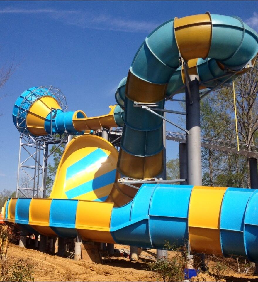Newsplusnotes Water Country Usa 39 S Colossal New Slide Nearly Complete