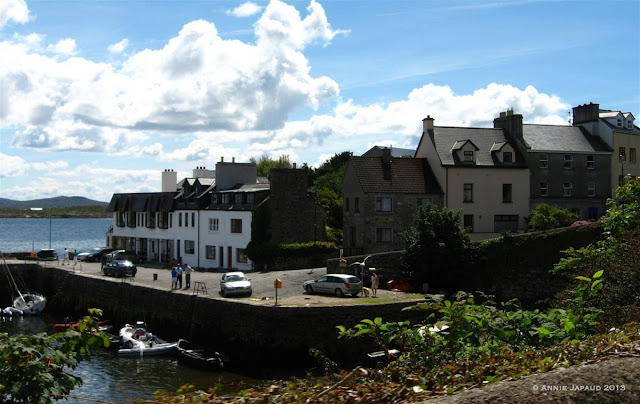 houses, town, road, Roundstone © Annie Japaud Photography