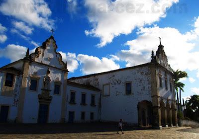 Igreja da Ordem Terceira e Convento do Carmo, na Praça do Carmo, em São Cristóvão (SE)