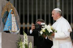 """L'évêque de Rome que """"[les] cardinaux sont allés chercher au bout du monde..."""""""