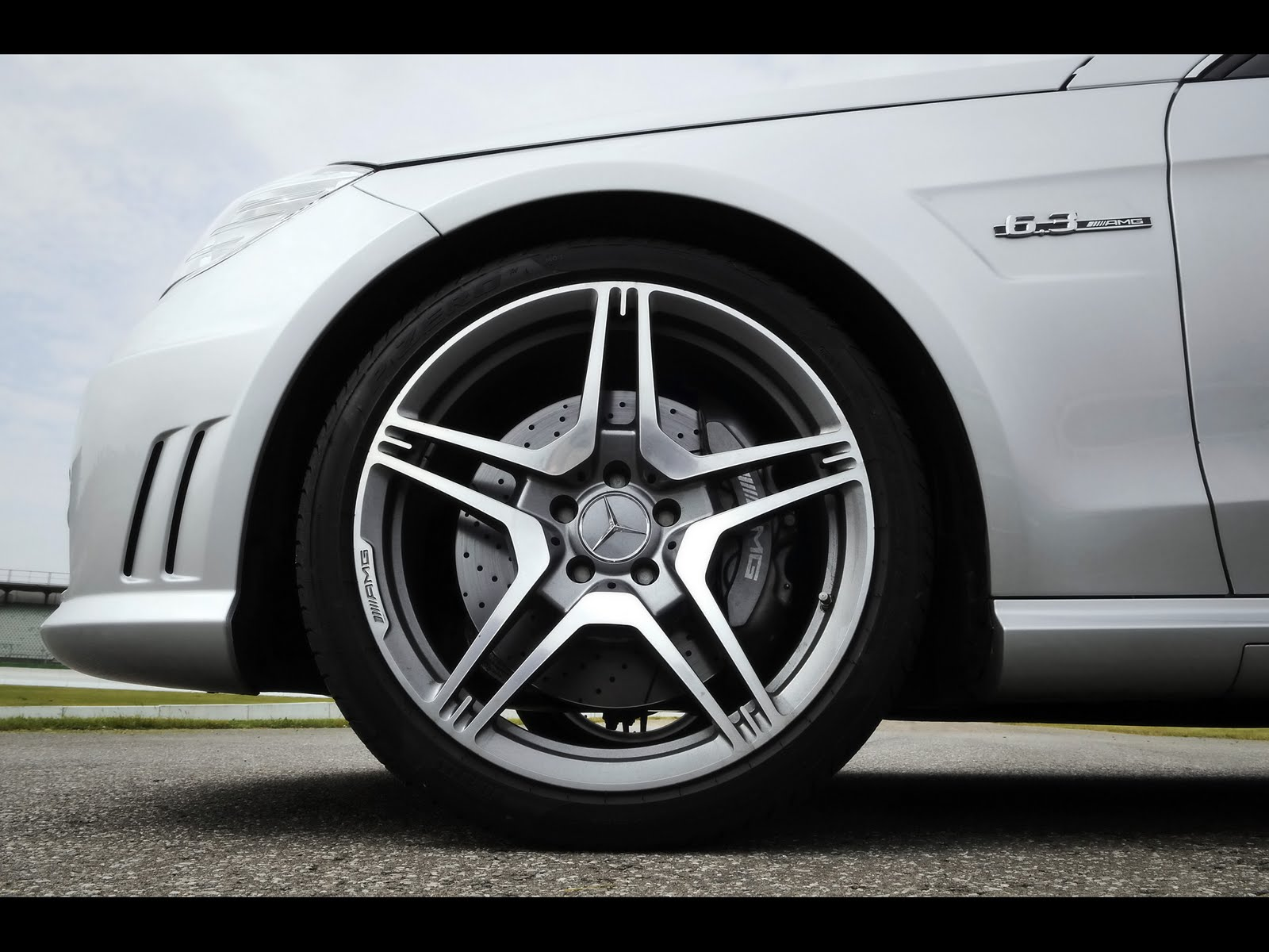 Superb AMG Wheels Look Cool And The Rest Of The Car Very Visible. If I Say, If You  Think That Considering How Often The Car Is Considered And Five Spoke Wheels,  ...
