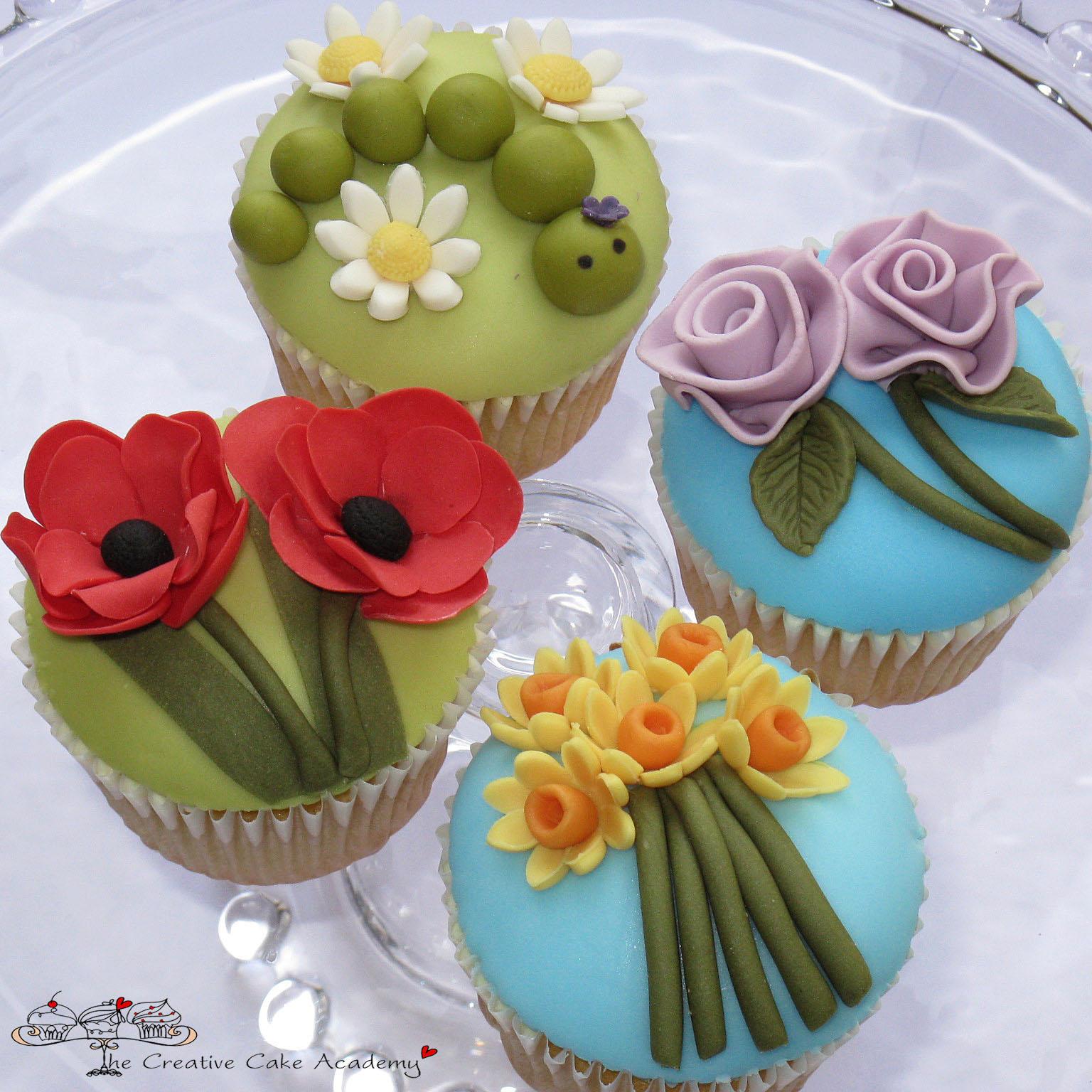 Cake Decorating Course Northumberland : Garden Cake Decorations