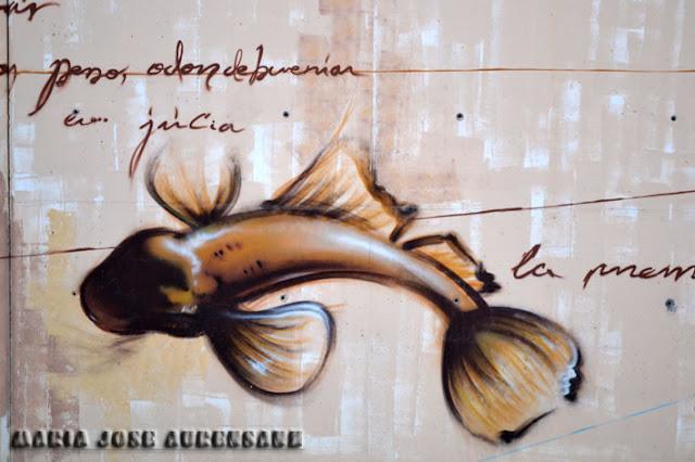 Alegoría a las especies acuáticas que Odón de Buen descubrió.