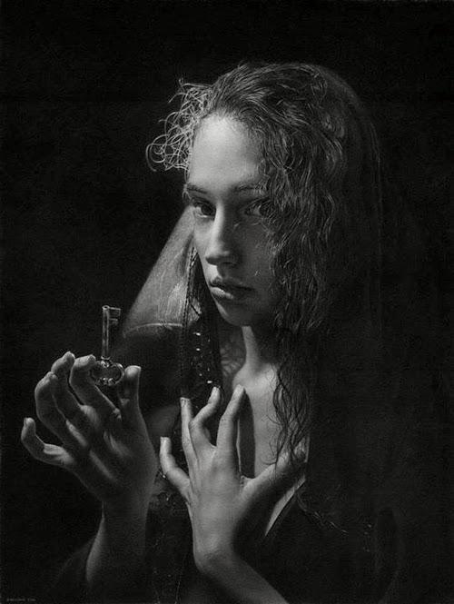 07-O-Fortuna-Hyper-Realistic-Emanuele-Dascanio-Portraits-www-designstack-co